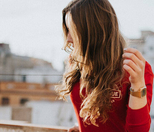 Jak wybrać odpowiedni system włosów